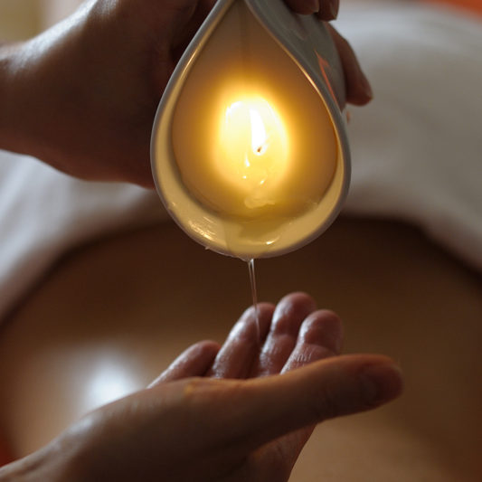 mass - candle-massage-800x533